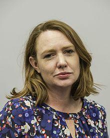 Paula Hawkins escritora