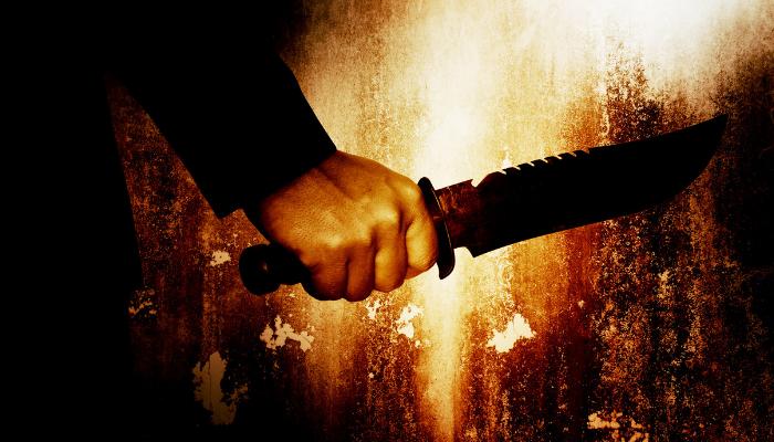 Asesino con arma blanca, cuchillo.