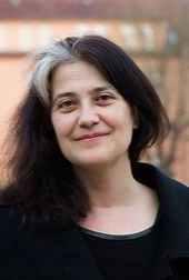 Rosa Rivas escritora de Un asunto demaciado familiar